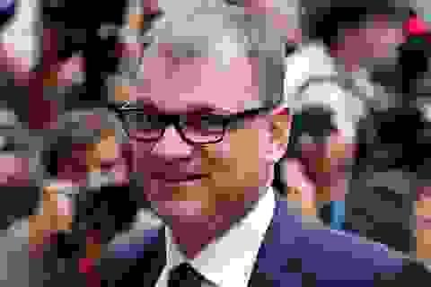 Thủ tướng Phần Lan phải ngồi trong toilet vì máy bay hết chỗ