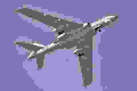 Không quân Trung Quốc tập trận trên biển Tây Thái Bình Dương