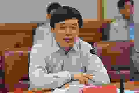 """Trung Quốc: """"Quan tham"""" nhận hối lộ 3,7 triệu USD lĩnh án 15 năm tù"""