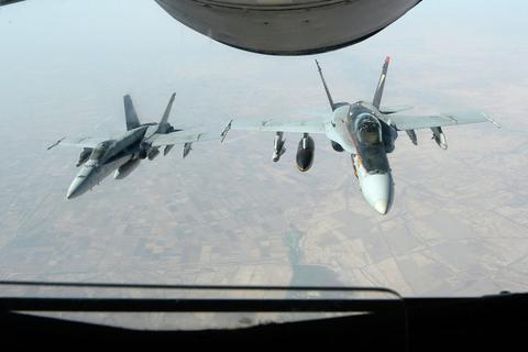 Mỹ tái xây dựng căn cứ không quân tại Syria để đánh IS?
