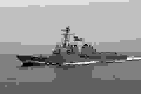 Bắc Kinh lớn tiếng cáo buộc tàu chiến Mỹ vi phạm lãnh hải