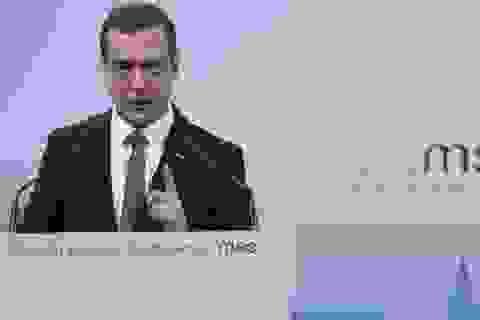 """Thủ tướng Nga: Thế giới rơi vào """"Chiến tranh Lạnh mới"""""""