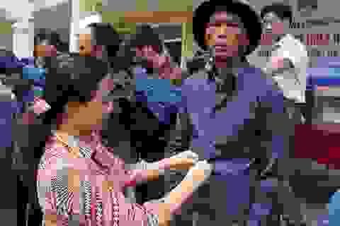 Tổng công ty may 10 ủng hộ 1000 chiếc áo giúp người dân vùng lũ