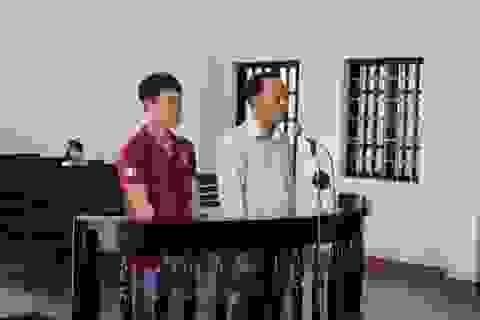 Người bị tạm giữ tự sát trong phòng giam, 2 công an lãnh án