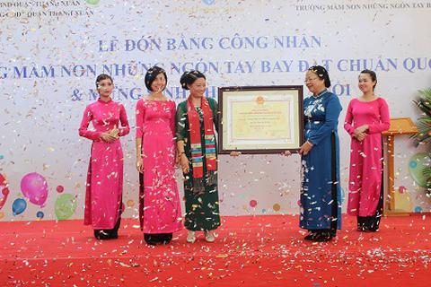 Trường Mầm non Những Ngón Tay Bay đạt chuẩn quốc gia chỉ sau một năm hoạt động