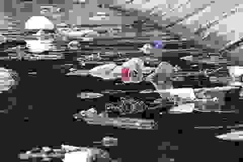 """Hồ bán đảo đẹp nhất Hà Nội """"nghẹt thở"""" vì… rác"""