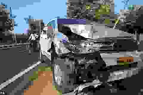 Xe ngoại trưởng Mỹ gặp tai nạn tại Ấn Độ