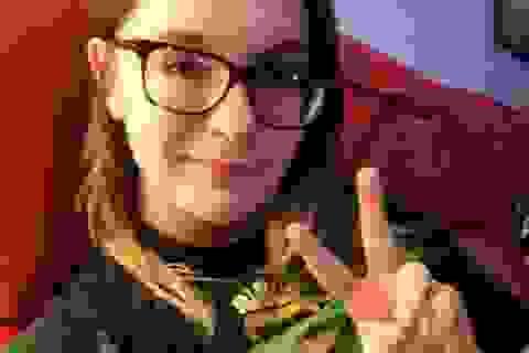"""Nước Mỹ """"dậy sóng"""" khi 3 cảnh sát bắn chết thiếu nữ 17 tuổi"""