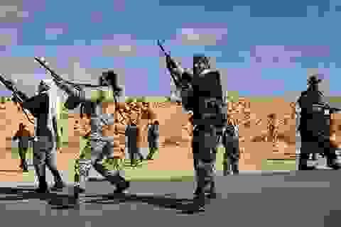 NATO bị nghi tài trợ vũ khí cho các nhóm thánh chiến ở Libya
