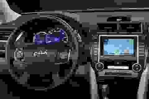 Toyota nói không với hai ông lớn Google và Apple