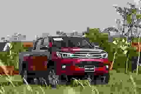 Toyota Hilux - Hoàn thiện hơn với động cơ mới