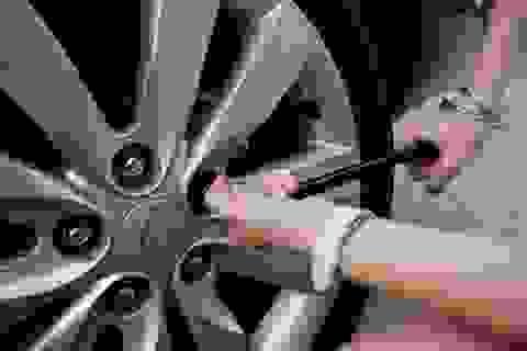 [Infographics] - Các bước thay lốp ô tô
