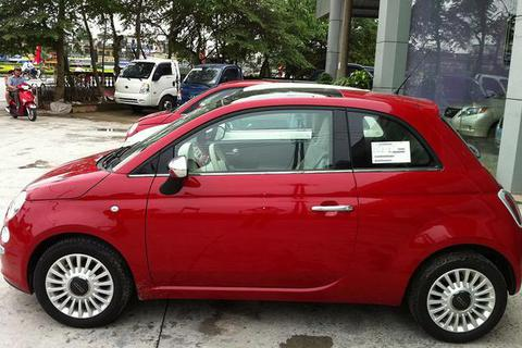 Tư vấn mua xe Fiat 500 đời 2010