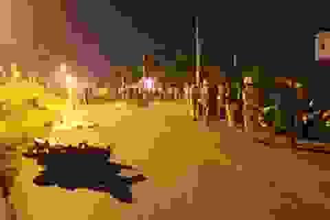 2 xe máy va chạm kinh hoàng trong đêm, 2 người tử vong