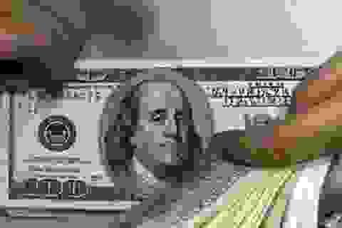 Bắt 2 đối tượng đem 10. 000 USD giả đi đổi