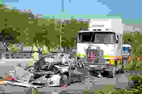Vụ tai nạn 5 người chết: Tài xế container khai đạp nhầm chân ga