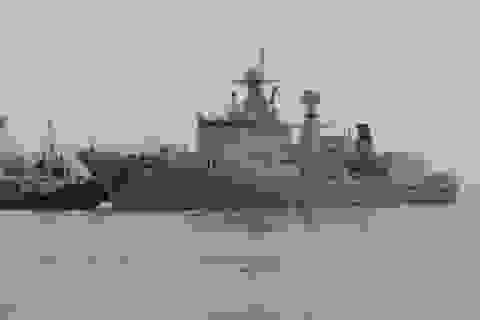 5 tàu chiến Trung Quốc đi qua lãnh hải Mỹ