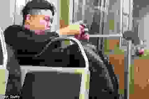 """Phát hoảng vì bắt gặp """"Kim Jong-un"""" ở Mỹ"""