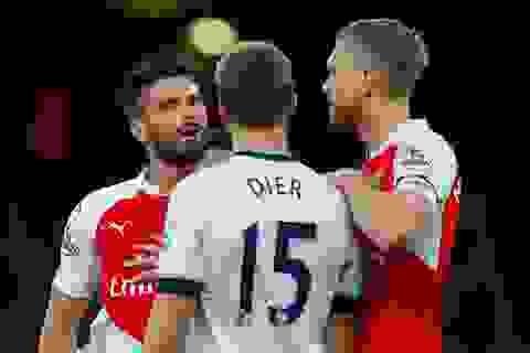 Nhìn lại trận hòa may mắn của Arsenal trước Tottenham