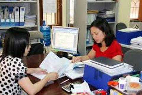 Hệ số lương của người lao động thấp hơn viên chức quản lý