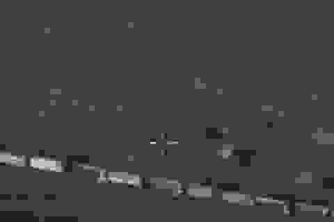 Video đoàn xe chở dầu nghi của IS vào lãnh thổ Thổ Nhĩ Kỳ