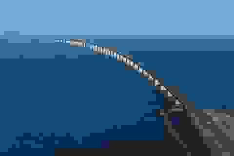 Ngỡ ngàng vẻ đẹp của cây cầu nối liền đường hầm dưới biển