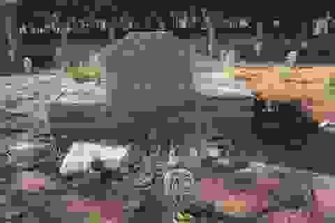 Ngôi mộ kỳ lạ trong tai nạn thảm khốc nhất lịch sử đường sắt