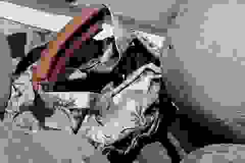 Phát hiện mảnh vỡ kim loại nghi là cửa máy bay MH370