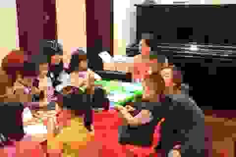 Phụ huynh áp dụng mô hình home-school: Không cho con tới trường trước 6 tuổi!