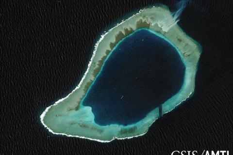 """Trung Quốc vật lộn với 2 """"phép thử"""" dồn dập ở Biển Đông"""