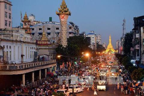 Góc nhìn qua ảnh về Yangon mới lạ