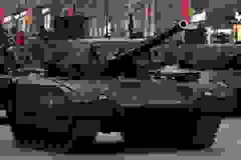 Đọ sức siêu tăng Nga - Mỹ: Bất phân thắng bại