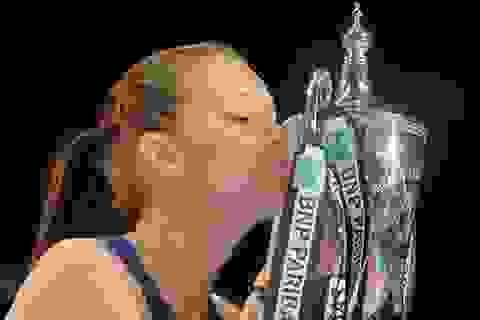 Agnieszka Radwanska lần đầu vô địch WTA Finals 2015