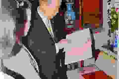 Bí mật chuyện ông Ban Ki-moon về thắp hương nhà thờ họ Phan Huy