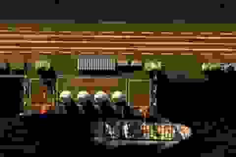 Đổ đá, cải tạo Biển Đông: Trung Quốc đang đuối lý