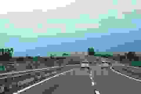 Hai phương án đầu tư xây tuyến đường cao tốc Hà Nội - Vientiane