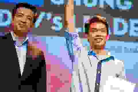 Ông đồ trẻ nhất Việt Nam lên ngôi Thủ lĩnh tân SV Ngoại giao