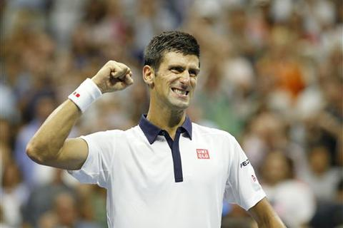 Djokovic lần 26 liên tiếp lọt vào tứ kết Grand Slam