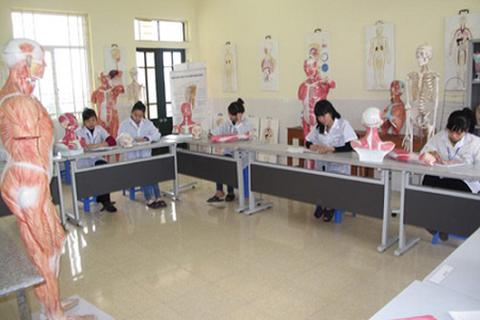 Hướng dẫn thí sinh xét tuyển Cao đẳng ngành Dược, Điều dưỡng năm 2015