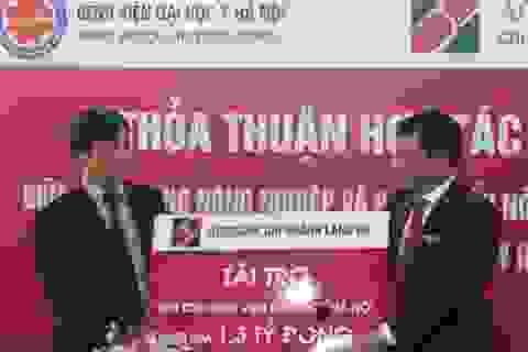 Agribank Láng Hạ tài trợ 1,3 tỷ đồng đến Bệnh viện Đại học Y Hà Nội