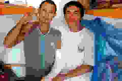 Hai lao động Việt tại Algeria bị hành hung được xuất viện