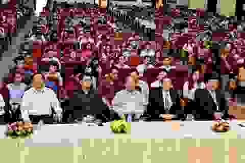 Nhiều sinh viên Ucraina và Lào sang Việt Nam học cao học
