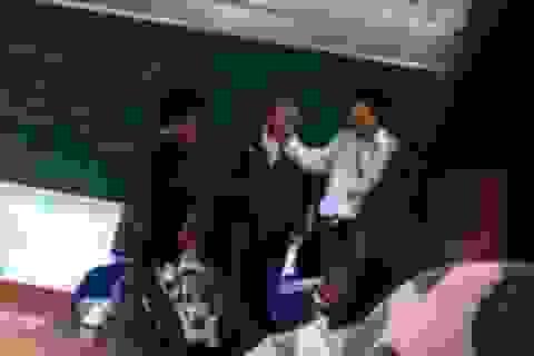 Bạo hành học sinh: Giáo viên thiếu lòng nhân ái!
