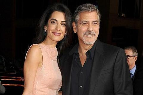 """Vì công việc, bà xã George Clooney """"vứt xó"""" nhẫn kim cương 7 carat"""