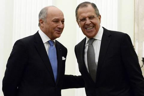 """Ngoại trưởng Pháp bất ngờ """"không loại trừ khả năng kết hợp với Damascus"""""""
