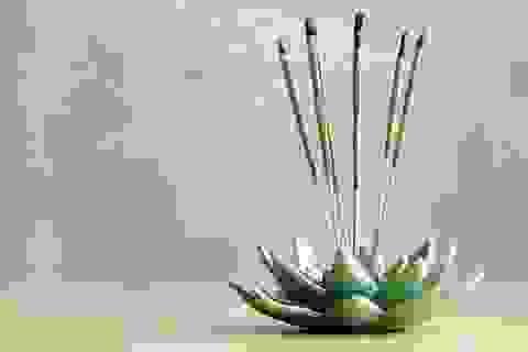 Khói nhang có thể độc hơn khói thuốc lá
