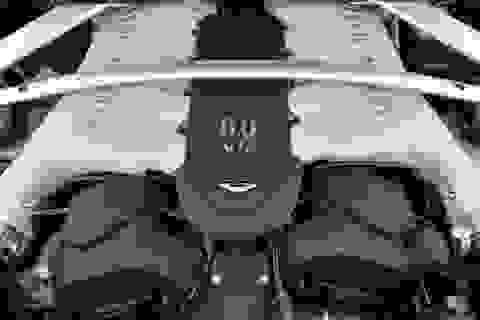 Aston Martin quyết bám trụ với động cơ V12