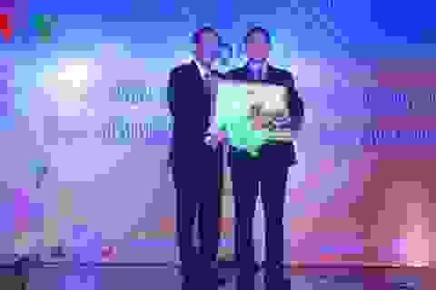 Giáo sư Việt kiều Mỹ nhận bằng khen của Thủ tướng