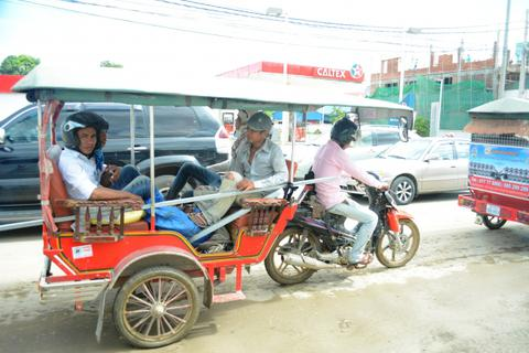 """Hình ảnh """"độc, lạ"""" chỉ có ở Vương quốc Campuchia"""