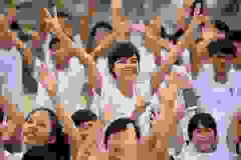 Được tham gia MV quay từ vũ trụ, giới trẻ Đà Nẵng phấn khích